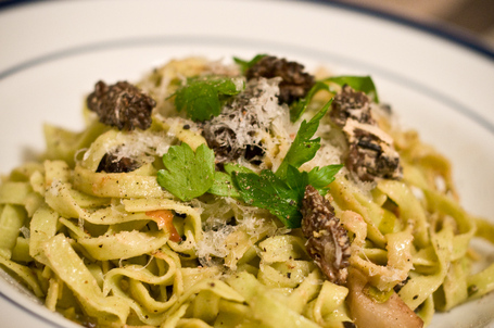 Fresh Spinach Fettucini With Goat Cheese, Jerusalem Artichokes, Morels And Leeks