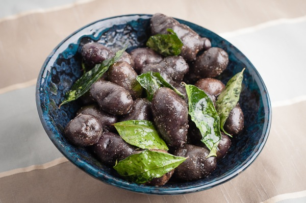 Potatoes with Curry Leaves