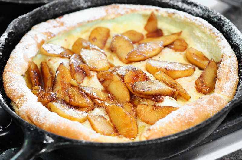 Dutch Baby With Sauteed Apples (Giant Oven-Baked Pancakes) - Recipe ...