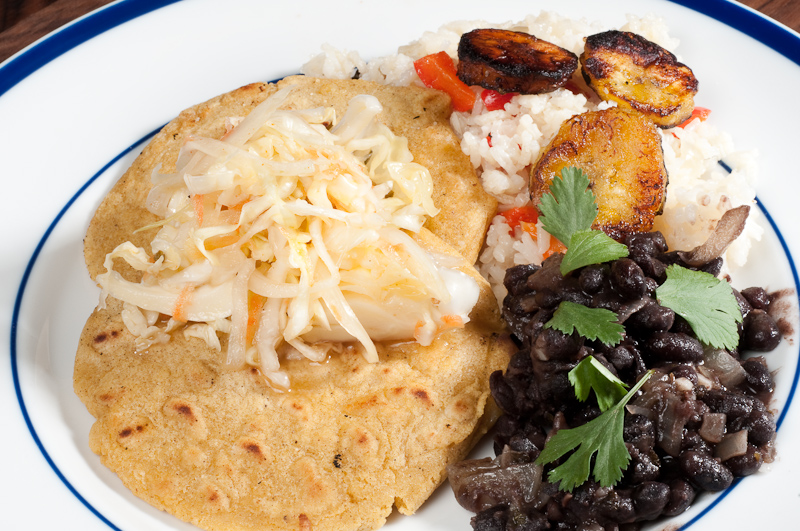 Pupusas Con Curtido Recipe — Dishmaps