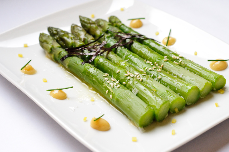 Asparagus with nori butter