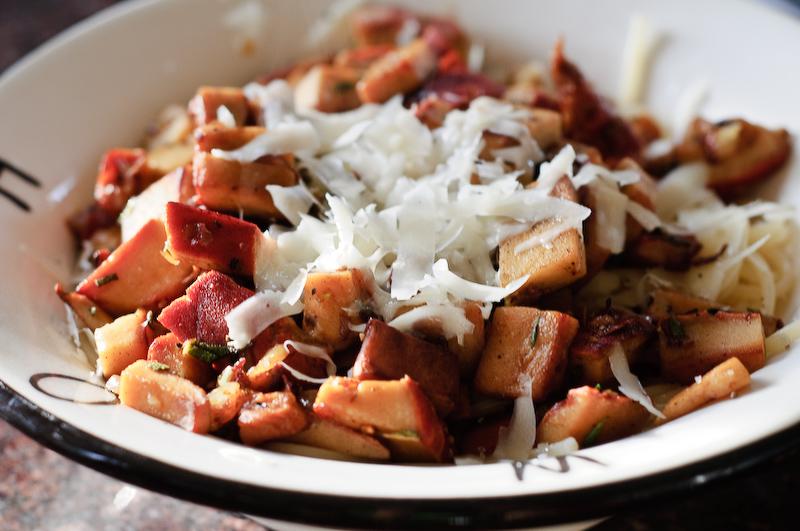 Lobster mushroom spaghetti recipe herbivoracious vegetarian lobstermushroomspaghetti forumfinder Images