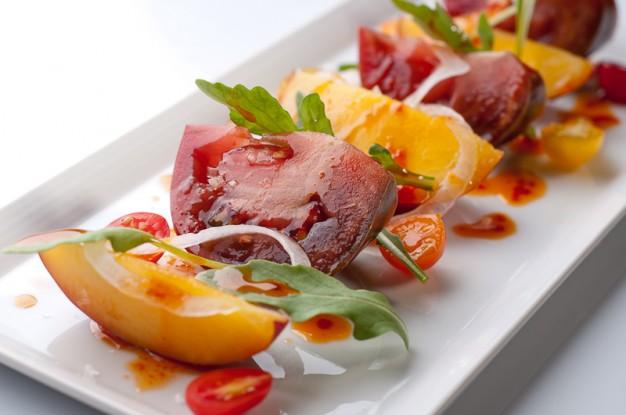 Nectarine and Tomato Salad with Korean Dressing