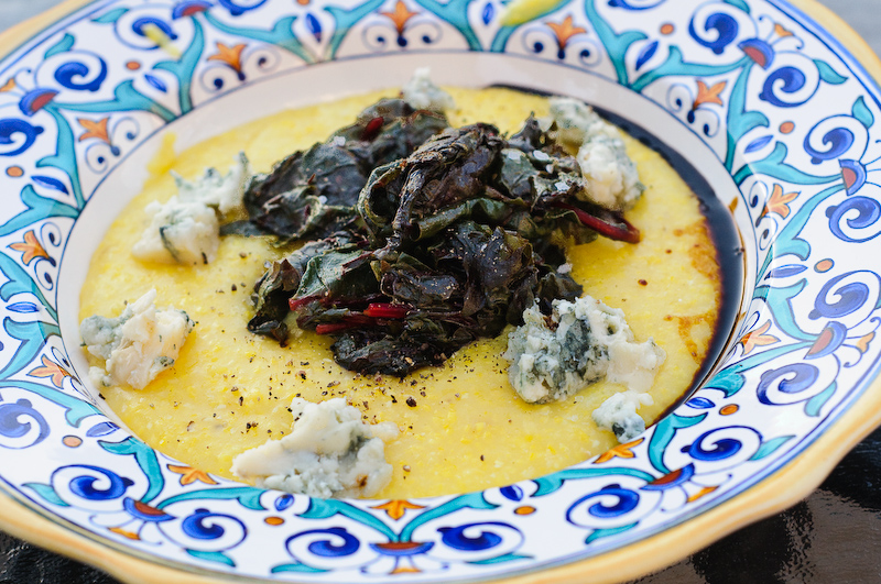Easy vegetarian polenta recipes for Creamy polenta with mushrooms and collards