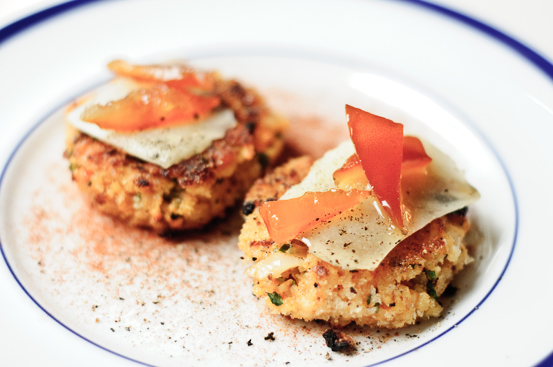 Paella_Cakes_With_Manchego_And_Candied_Seville_Orange