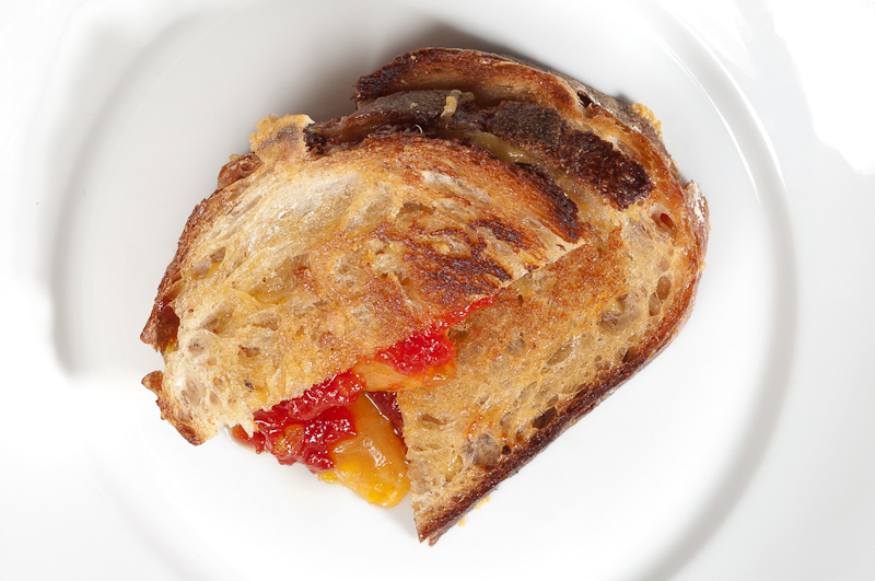 Grilled_Cheese_With_Tomato_Jam