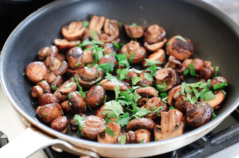 Hongos en escabeche mushrooms sauteed with sherry vinegar hongos en escabeche forumfinder Images