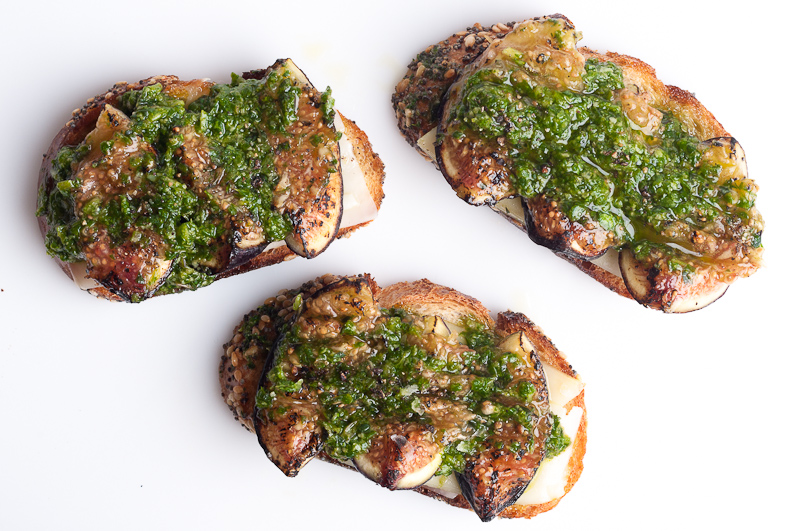 Crostini Pecorino Fig Arugula Mint Pesto